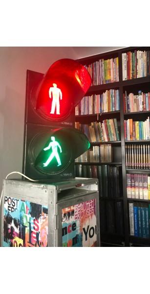 רמזור הולכי רגל מקורי - Traffic light